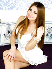 Beautiful webcam girl AshlieeG