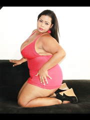 BBW webcam model Barbiehornyxxx