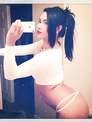 Asian webcam model ExoticLilyXO